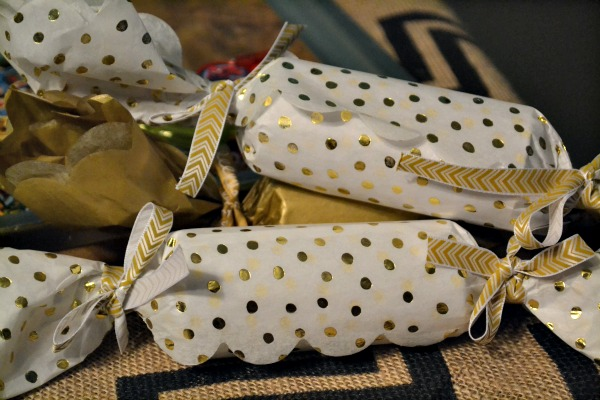 Christmas crackers wide