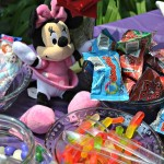 DIY Minnie Mouse Party Candy Bar