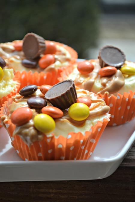 Reeses mini cheesecakes