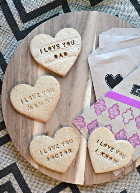 Shortbread cookies valentine's hearts with custom messages. With a couple geeky nods to Doctor Who and Star Wars.