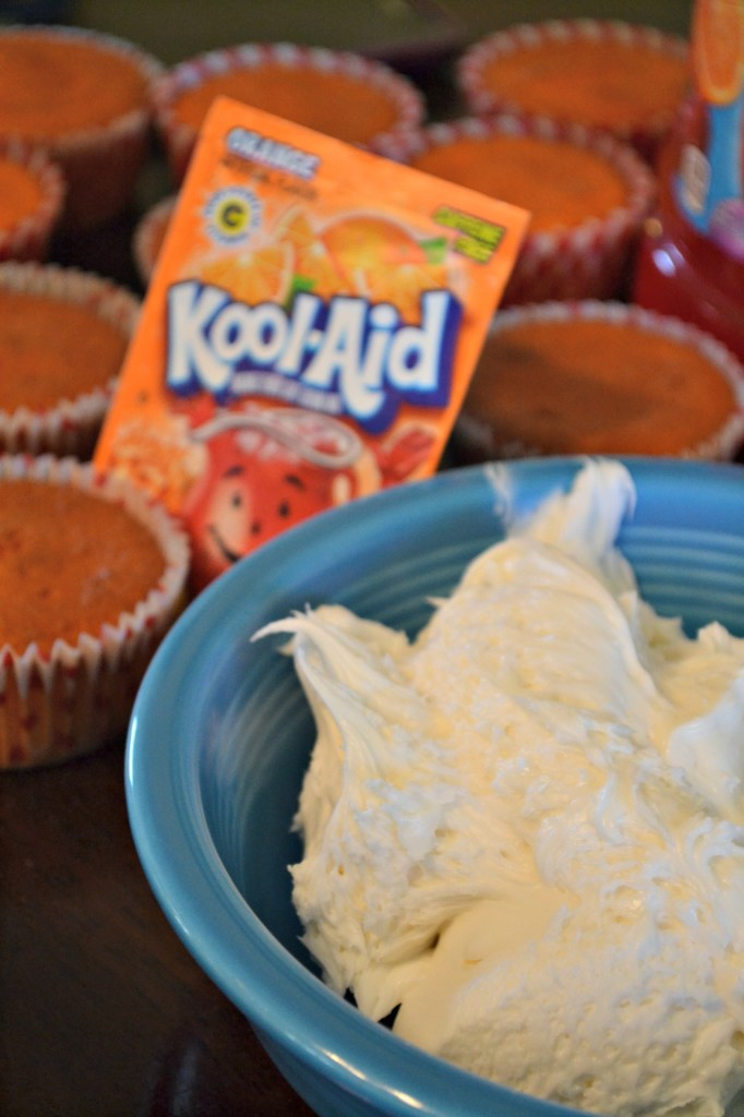 Kool-Aid Frosted Cupcakes. Add a Kool-Aid packet to frosting for an easy treat! #KoolOff #Shop
