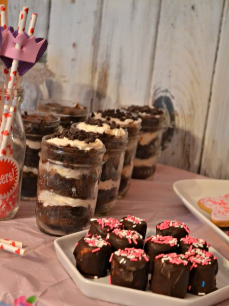 Simple princess party ideas, inspired by Sophia the First. Try these simple desserts.
