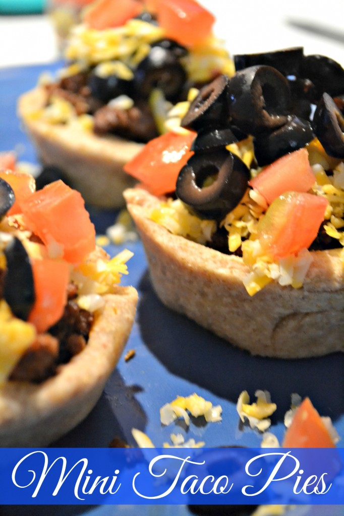 mini taco pies, a real food recipe that the kids will love!
