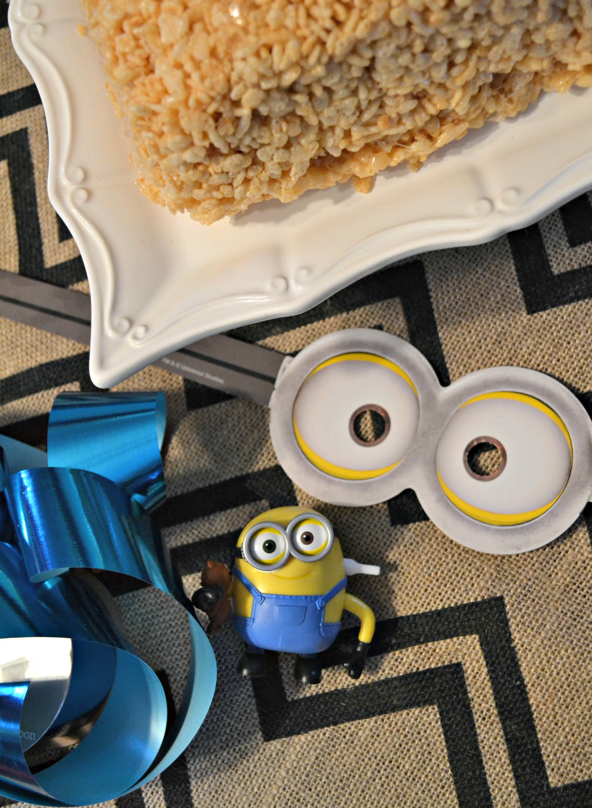 minion cake supplies
